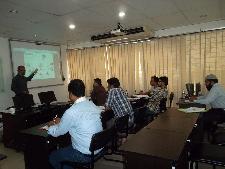 Mr. Bhuiyan teaching his Bdjobs Training's Course