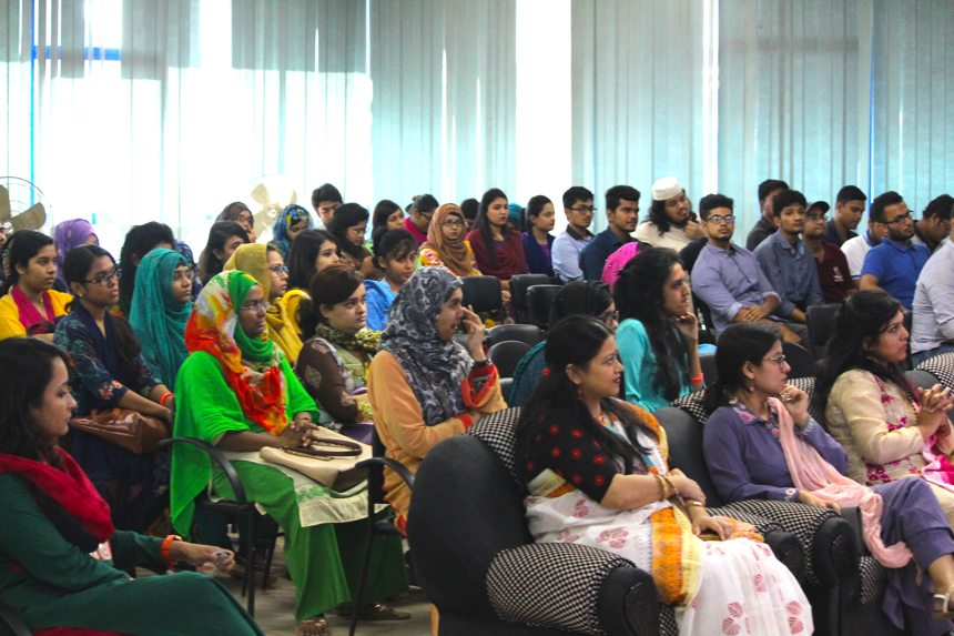 A snapshot of the audience comprising of startup owners, entrepreneurs, job holders, representatives from IEEE and Women in Engineering chapters as well as faculty members and students of North South University and UIU | Image by Womenwill